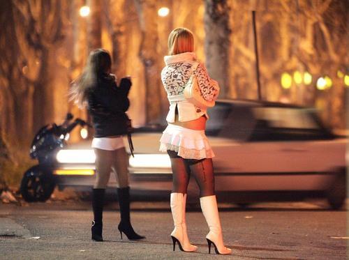 Prostitutes Revelganj